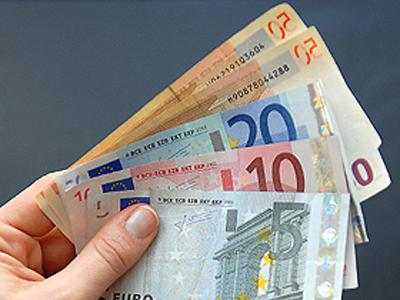 FOREX-EUROPE-EURO-DOLLARS-ILLUSTRATION-FILES